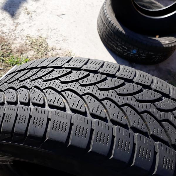 Шины б.у. 215.65.r16с Bridgestone Blizzak LM 32C Бриджстоун. Резина бу для микроавтобусов. Автошина усиленная.