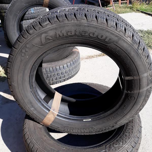 Бусовские шины б.у. / резина бу 205.65.r16с Matador VARIANT Матадор