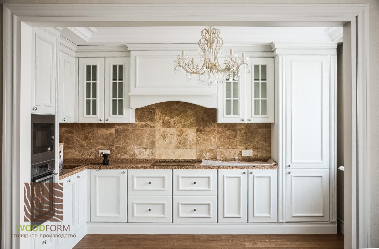 """Классическая кухня """"Медисон"""", фасады натуральное дерево Ясень, цвет Белый"""