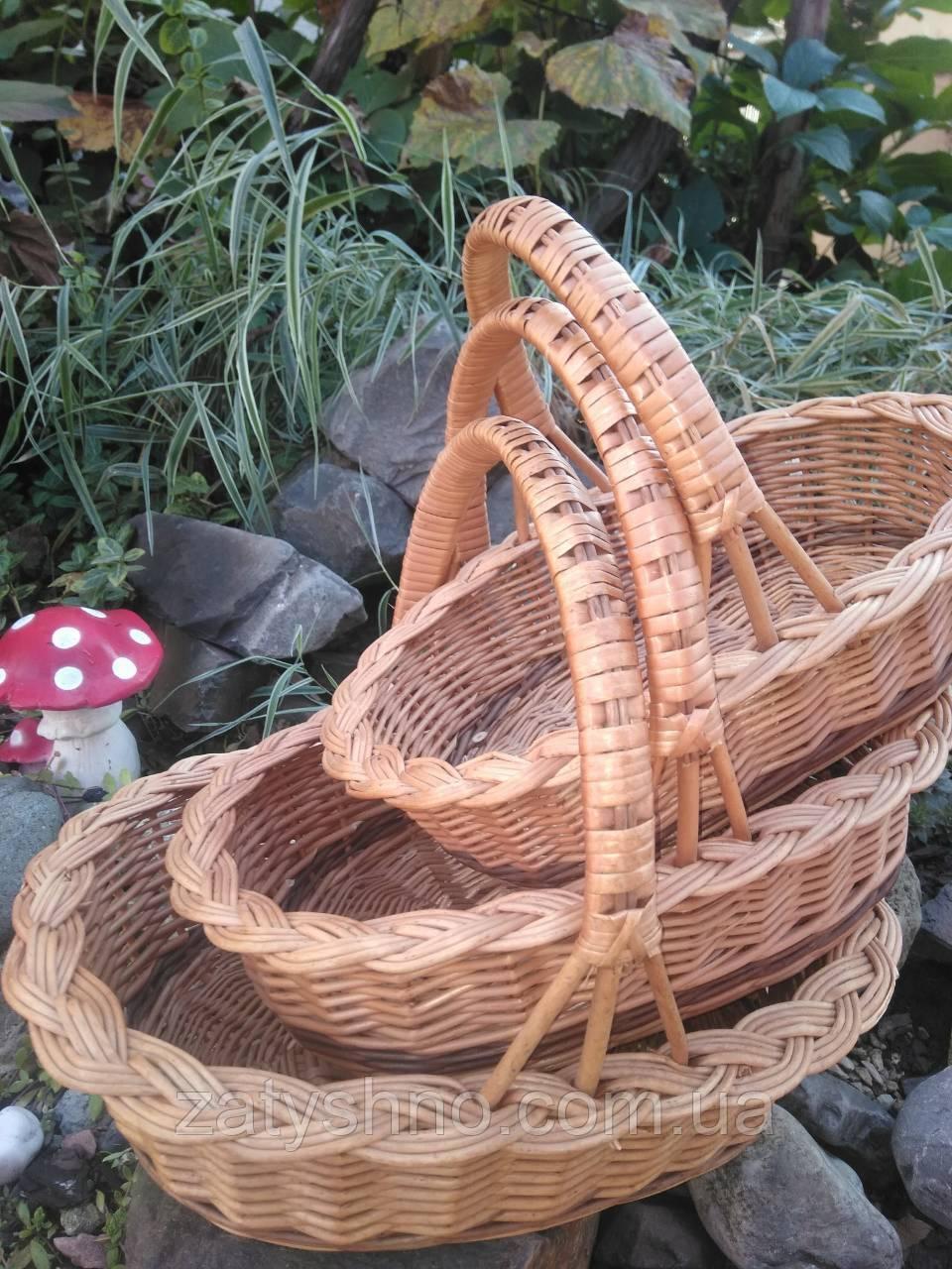 Комплект плетених кошиків
