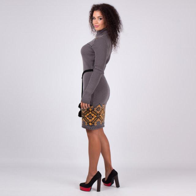 Красивое этническое теплое платье  продажа 8c3bb8ff5e159