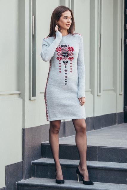 Теплое платье в украинском стиле   продажа 92b32af232844