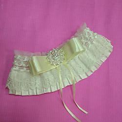 Свадебная подвязка  на ногу невесты 03