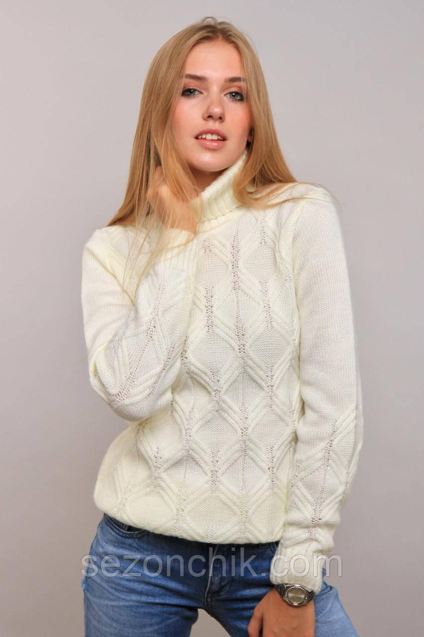 Красивый женский модный свитер