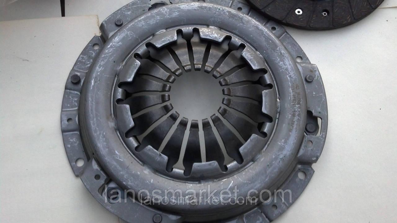 Комплект сцепления Ланос 1,4-1,5 8кл, Нексия 1,5 16кл (HAHN&SHMIDT)