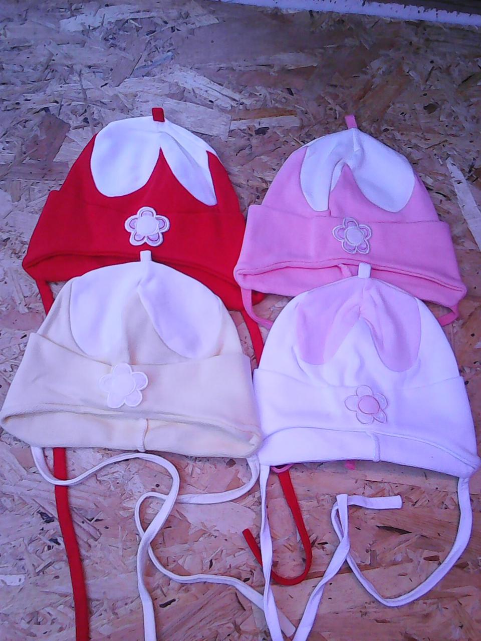 Трикотажная весенняя шапочка для девочки