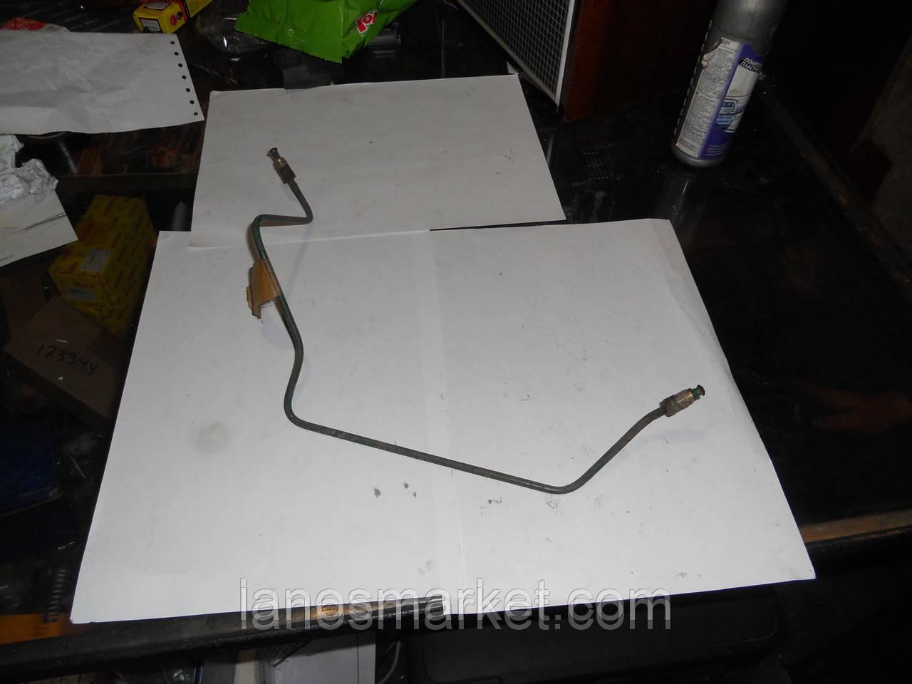 Трубка тормозная задняя правая короткая к цилиндру Ланос (GM) б/у