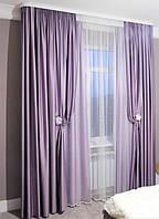 атласные шторы и тюль фатин с бусинами в спальне