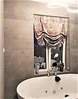английская штора в ванной комнате