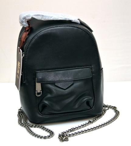 Фото молодежного подросток девочка модный стильный рюкзак черный Melas