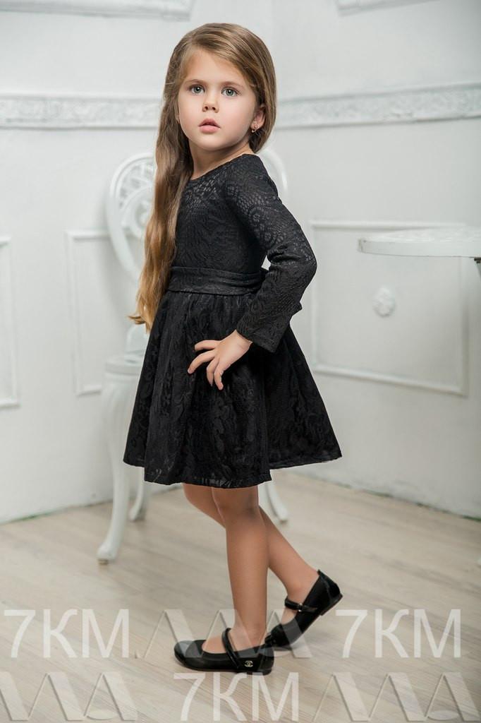 Детское платье из гипюра