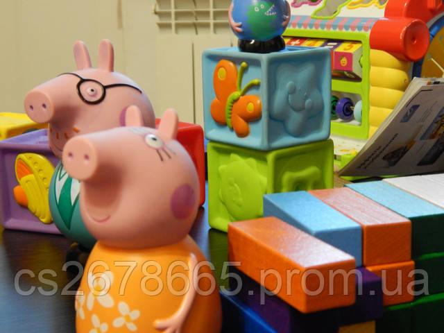 Различные детские игрушки дома фото