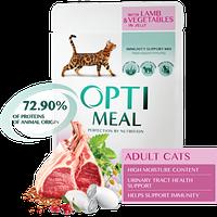 Полнорационный корм Optimeal для взрослых кошек с ягненком и овощами в желе, набор (3+1) 340 г