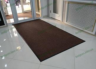 Грязезащитный ворсовый ковер на резиновой основе при входе в помещение 12