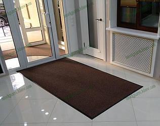 Грязезащитный ворсовый ковер на резиновой основе при входе в помещение 35