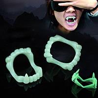 Светящиеся зубы вампира на вечеринки и хеллоуин