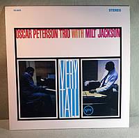 CD диск Oscar Peterson Trio With Milt Jackson - Very Tall , фото 1