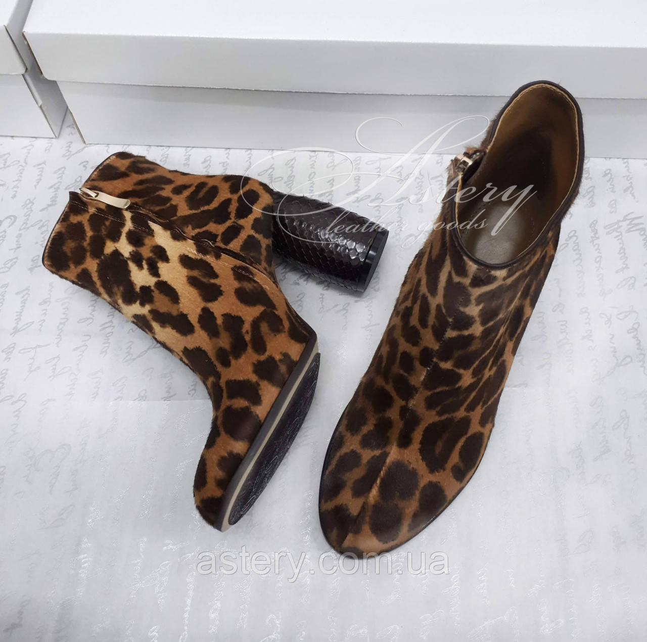 ada768f04 ... Женские ботинки с леопардовым принтом на круглом каблуке из стриженного  меха пони, фото 3