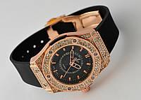 Женские часы HUBLOT - Round cristal, черный циферблат и ремешок