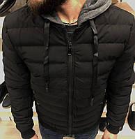 Куртка зимняя стеганая черного цвета с серым капюшоном