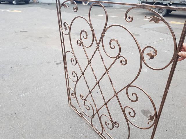 Решетки на окна  кованые ручной работы  -1