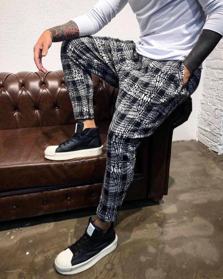 Стильные мужские брюки серая клетка