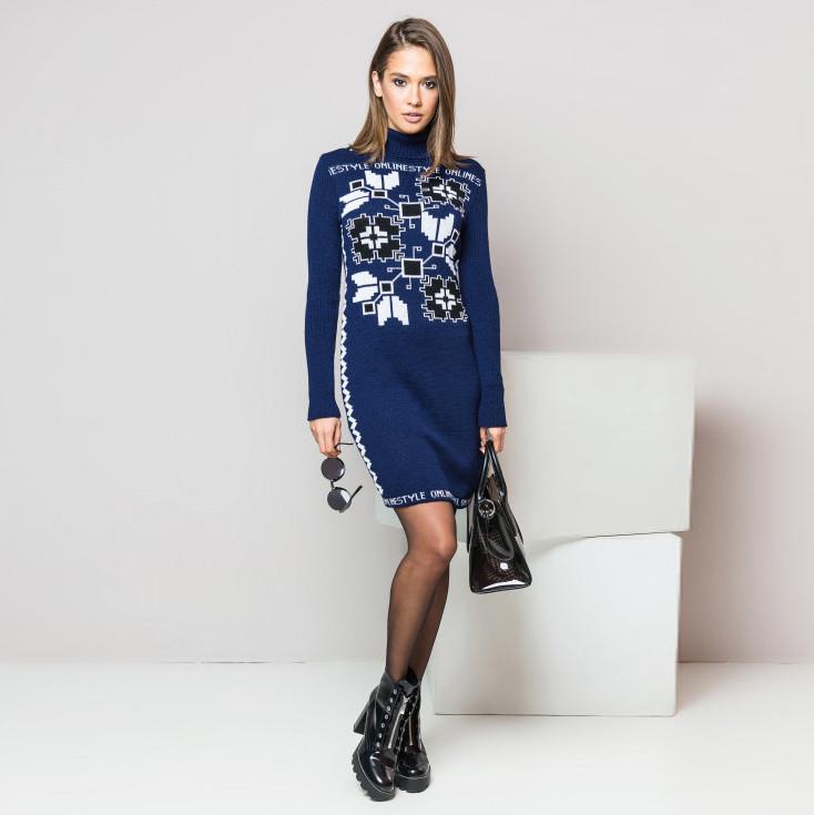 Теплое вязаное платье-вышиванка Дарина с украинским орнаментом