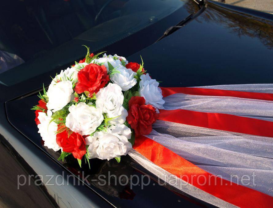 Экибана для свадебной машины.