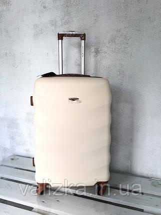 Чемодан из поликарбоната средний чемодан молочный Польша / Валіза середня з полікарбонату , фото 2