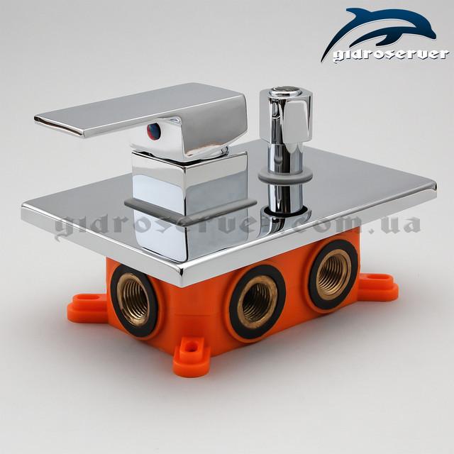Смеситель скрытого монтажа для душевых систем KVB-03 с переключателем на 3 положения.