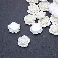 Кабошон Роза белая акрил d-18мм фас.17 шт.
