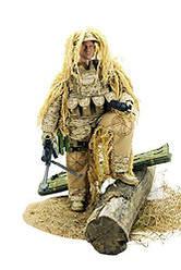 Снайпер с боевой экипировкой