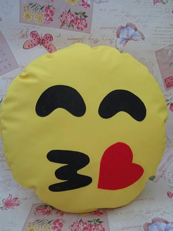 Большая подушка-смайлик Emoji #b-13 Поцелуйчик Smile, фото 2