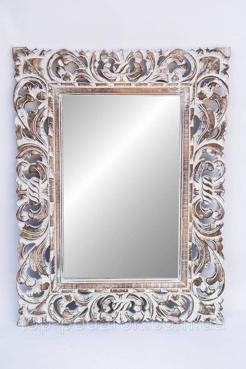 Настенное зеркало в деревянной раме размер 80*60 см