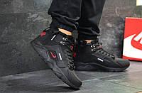 Кроссовки мужские Nike Huarache зима меховые молодежные теплые, кожа нубук в черном цвете, ТОП-реплика , фото 1