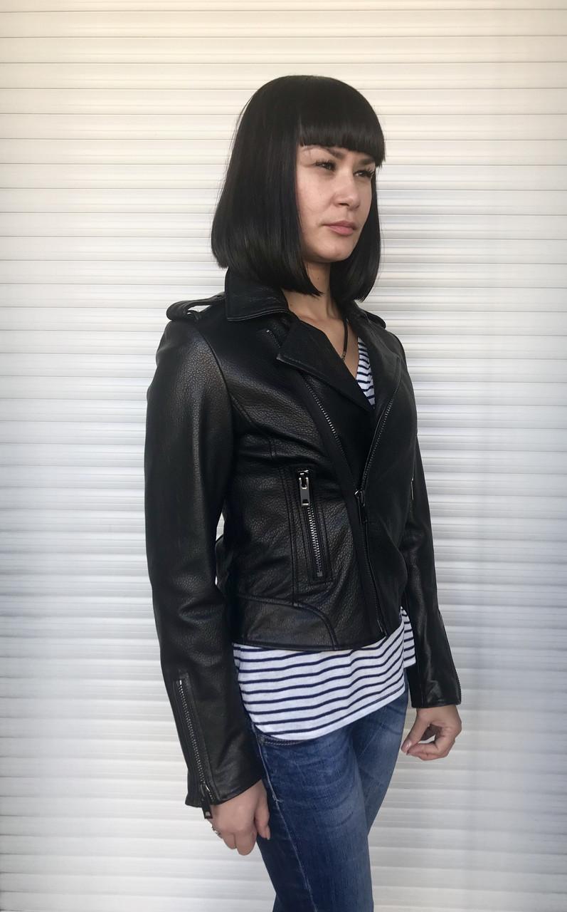 Кожаная женская куртка косуха черная