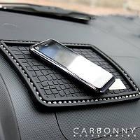 Автомобильный коврик для мобильного телефона