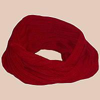 Вязаный зимний шарф-снуд красно-карминного цвета