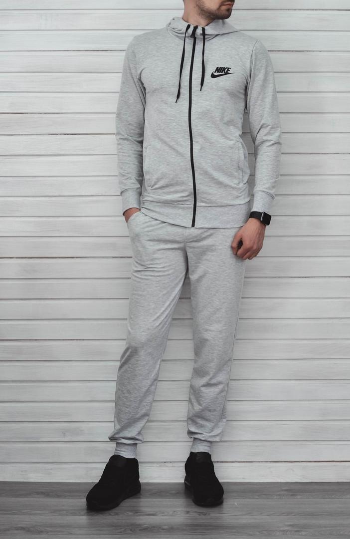 Спортивный костюм Nike серого цвета топ реплика