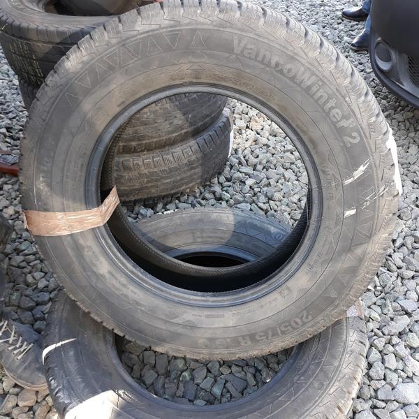 Бусовские шины б.у. / резина бу 205.75.r16с Continental VancoWinter 2 Континенталь