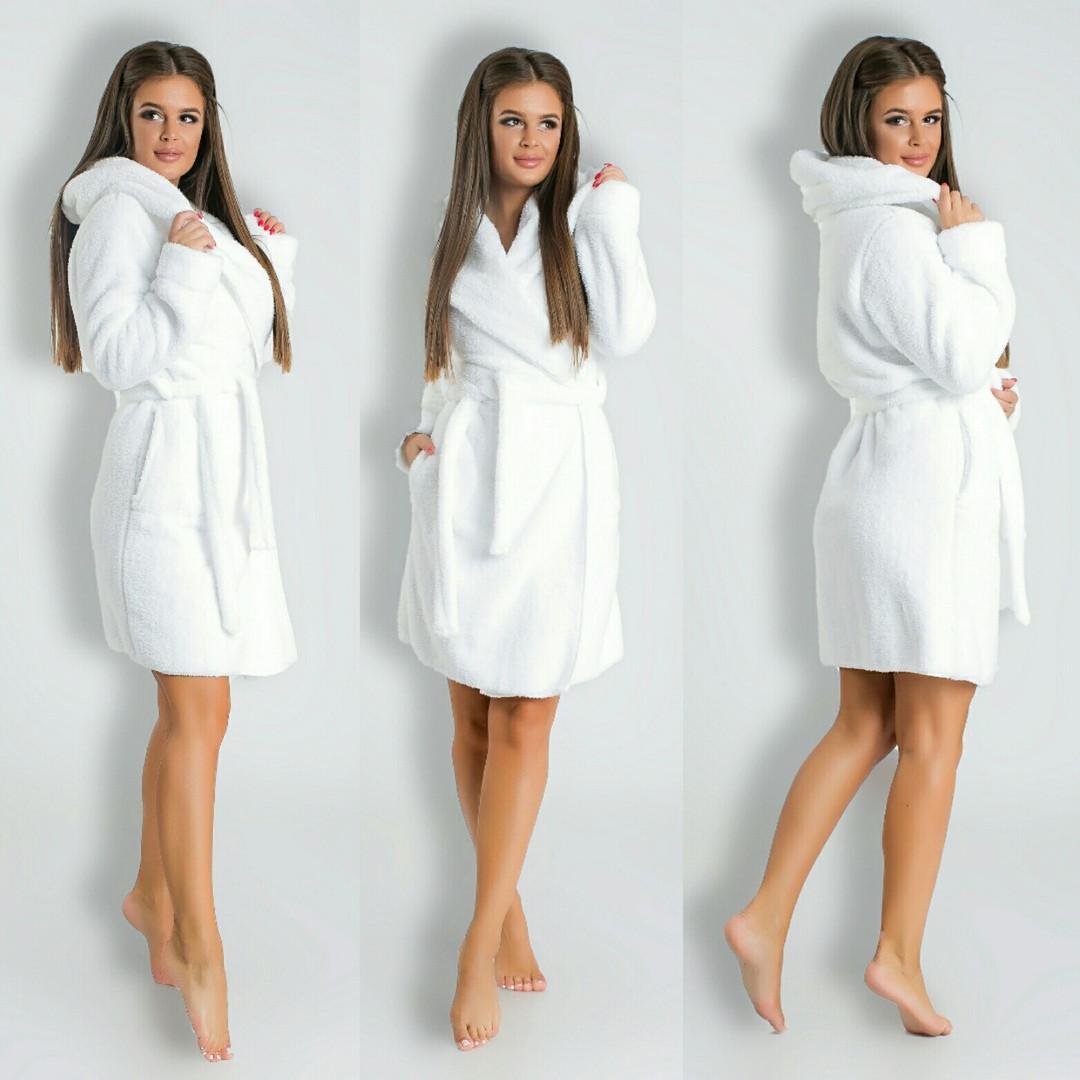 d529f901fb60e Белый короткий домашний женский уютный махровый халат с капюшоном. Арт-4820