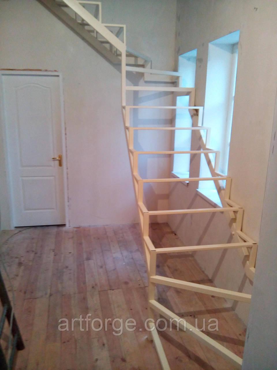Каркас открытой лестницы в квартиру или дом. Открытая лестница в стиле Хай-Тек