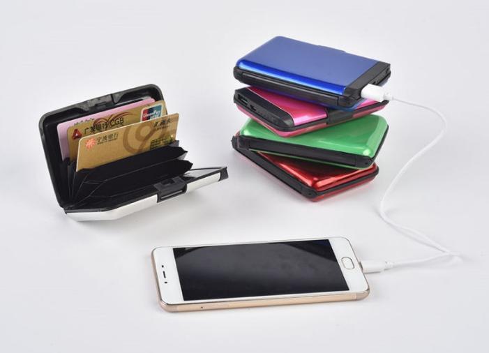 Визитница Power Bank 1800 mAh - универсальный мобильный аккумулятор