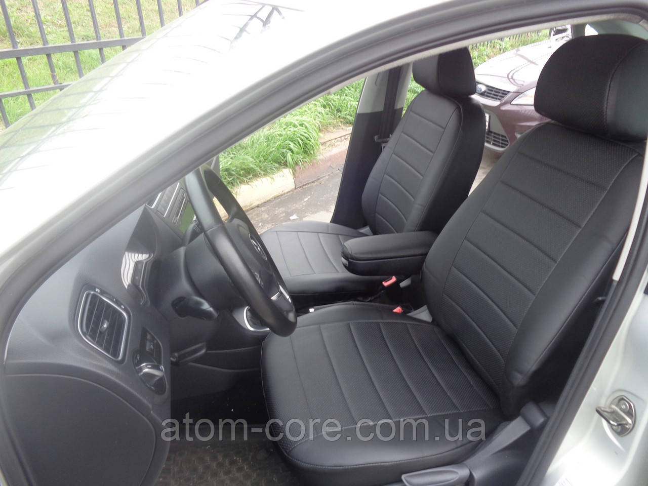 Авточехлы модельные чехлы Эко-кожа Комбинированные Volkswagen Polo III Фольксваген Поло 3  Оригинал