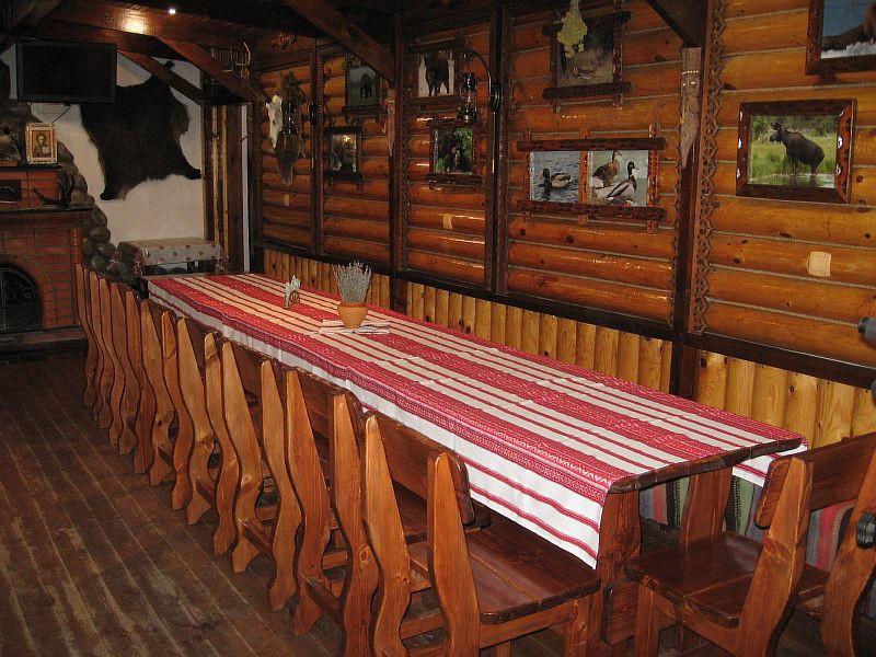 Деревянная мебель для ресторанов, баров, кафе в Николаеве