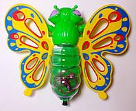 Бабочка заводная, р-р 190мм*140мм,светится, едет в пакете.
