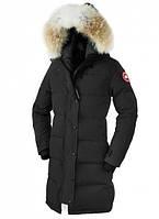 Женская зимняя парка Canada Goose длинная зимняя куртка пуховик Кнада Гус с мехом черная 2018, размер М
