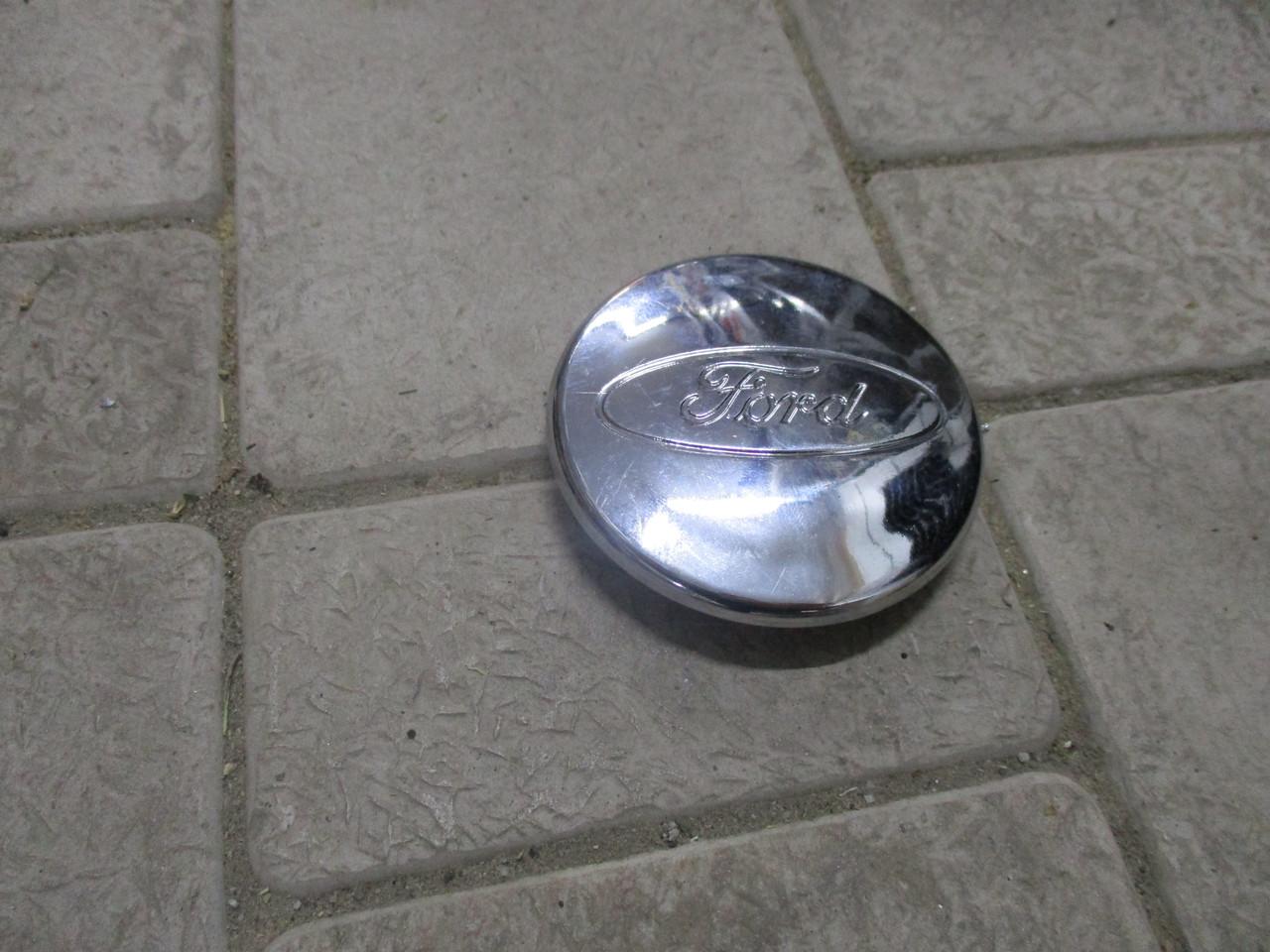 Заглушка диска с логотипом FORD 1 064 115 FORD (Turkey)