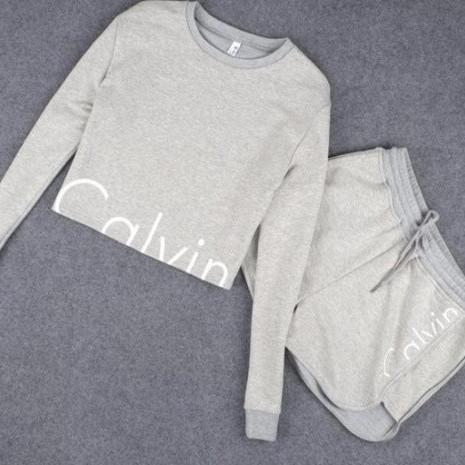 Женский спортивный костюм Calvin Klein Кельвин Кляйн шорты и кофта 2 цвета реплика