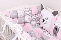 Бортики бомбон и игрушки в кроватку